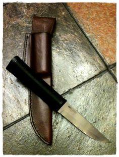 Leather friction folder for a Cold Steel Finn Bear - 4116 Krupp Stainless Steel Blade
