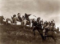 Above we show a remarkable photo of Planning Raid. It was made in 1907 by Edward S. Curtis.    The illustration documents Indians on horseback on hill.    We have compiled this collection of artwork mainly to serve as a vital educational resource. Contact curator@old-picture.com.    Image ID# 3493AB65