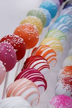Cake Pops - I just wish white chocolate tasted better