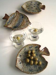 Set of 3 Fish Shaped Art Pottery Serving Plates