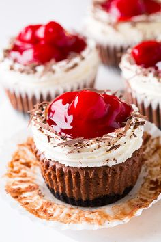 Black Forest Cheesecake Cupcakes. Click on the image for the ingredients and discover more delicious recipes. #BlackForest, #Cheesecake, #Cupcakes #Cakes, #Dessert #cupcakes #cupcakeideas #cupcakerecipes #food #yummy #sweet #delicious #cupcake