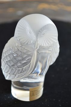 Lalique Chouette - owl paper weight in frosted crystal