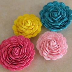 Create these beautiful flowers using ric rac.
