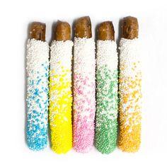 Fatty Sundays' White Chocolate Pretzels look DIVINE!