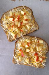 Apple Cheese Pizza Toasts. A healthier take on pizza that kids go crazy for.