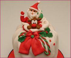 Christmas cake - by landscake @ CakesDecor.com - cake decorating website