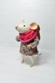 Little Traveler Mouse BY feltingdreams