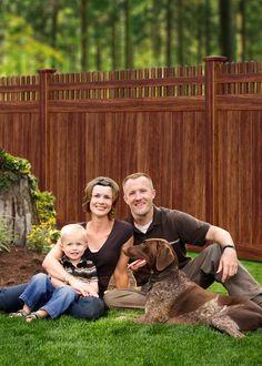 Vinyl Privacy Fence Looks Like Wood. I sooooo need this with my neighbors!