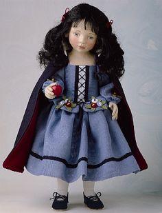 Snow White, by Maggie Iacono, 1999