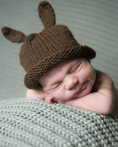 Ravelry: FREE Knit Baby Bunny Newborn or Preemie Hat pattern by Jennifer Dickerson