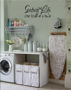 vintage laundry, laundry area, laundry rooms, wall words, laundry room organization, laundry room makeovers, laundri room, utility rooms, vinyl wall decals
