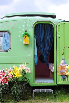 birdhous, vintage trailers, polka dots, mint green, color, dream, vintage caravans, backyards, vintage campers