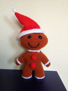 Free Crochet Pattern -  Christmas Gingerbread Boy - Tutorial