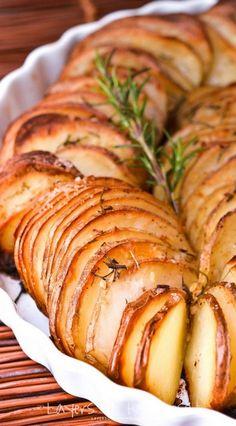 Easy Oven Roasted Parmesan Potatoes