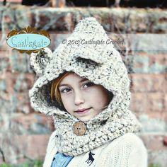Hooded Bear Cowl by CastlegateCrochet on Etsy, $38.00