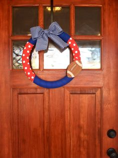 Very cute Ole Miss wreath.