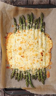 Creamy Baked Asparagus Recipe with Aged Cheddar