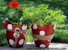 Groovy Flower Polka Dot Pots {Tutorial}