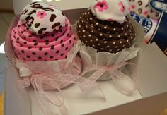Baby Shower Gift Tutorial: DIY Cupcakesies from baby onesies and blankets.