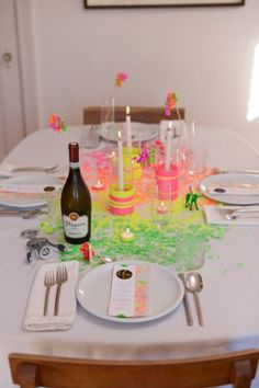 Neon New Years Eve Tablescape. I'd use this for Christmas too... :)