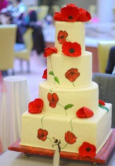 those who know me already know how much I LOVE this cake design