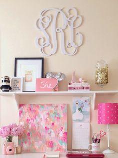 desk space, monogrammed dorm room, monogram desk, college apartment tips, happi desk, dorm desk decor, college dorm desk, college desk decor, girl rooms