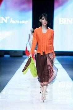 kebaya fashion on Pinterest | Kebaya, Sarongs and Batik Dress