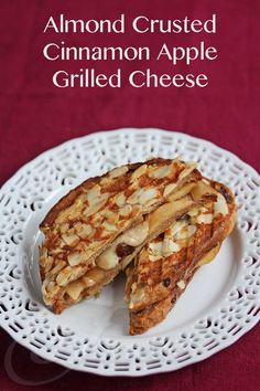 Almond Crusted Cinnamon Apple Grilled Cheese © Jeanette's Healthy Living #breakfast #brunch