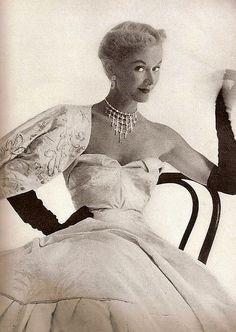 Lisa Fonssagrives, Vogue Oct. 1949.