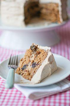 Oatmeal Rum-Raisin Cake