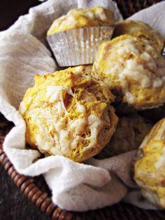 15 Favorite Fall Recipes - Pumpkin Cheddar Muffins
