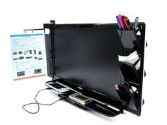 Thanko LCD Display 4-Port USB Hub Station   GadgetSin $62