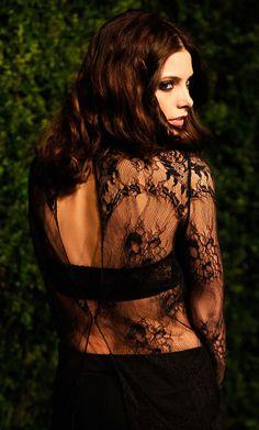 Lace & black bra~~#bralady http://www.myessentialbodywear.com/BREASTFRIENDS/#-1