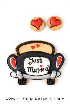Cute wedding favor cookies