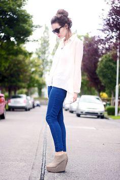 Blue pants wedges