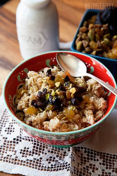 Whipperberry: Gilgamesh Oatmeal with Bob's Red Mill Oats