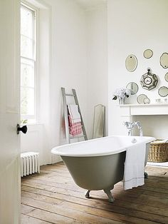 Fascinating fact: Nearly 3,000 years ago on the island of Crete, the original version of a clawfoot tub was first created. At five feet long, the tub was made of a hard clay material and looked much like the 19th-century clawfoot tub. Good design lasts forever, and this tub is no exception.