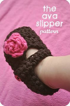 Cute baby slipper and hat pattern