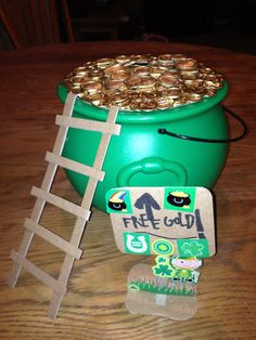 Easy Leprechaun Trap - this is Kevin's leprechaun trap he designed and submitted to Instructables.