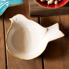 Feathered Friends Bowl in Cream