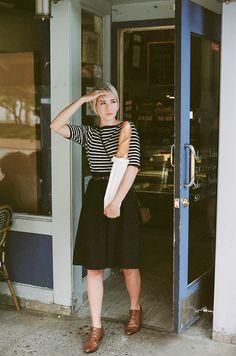 Kathryn of Kitsune-Kun, vintage, stripes, skirt, tan oxfords, brogues, style, fashion, short hair, summer, autumn, bead, french, a line, full skirt