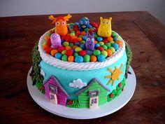 Bolo Backyardigans! (Backyardigans cake!) by Carla Ikeda - DENTRO DO FORNO - BOLOS DECORADOS - , via Flickr