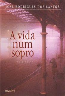 <3 love story  -  José Rodrigues dos Santos - Portuguese writer.