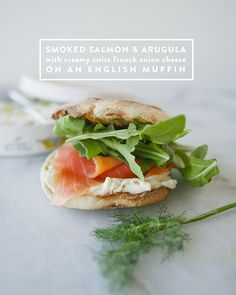 SMOKED SALMON AND ARUGULA WITH CREAMY FRENCH ONION CHEESE // SPONSORED BY @TheLaughingCow // The Kitchy Kitchen