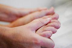 Dar un masaje de pies