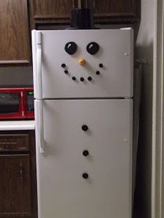 Another way to dress the fridge for winter.