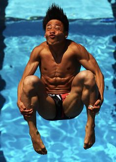 Hilarious faces of Olympics divers in action