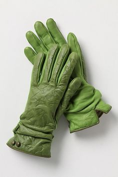 Scrunched Leather Gloves - StyleSays