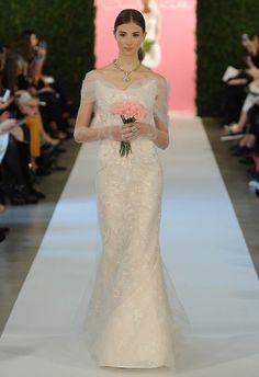 Oscar de la Renta Spring 2015 | MCV Photo | The Knot blog renta gown, wedding dressses
