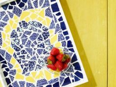 How to Make a Mosaic Tray from Broken Plates